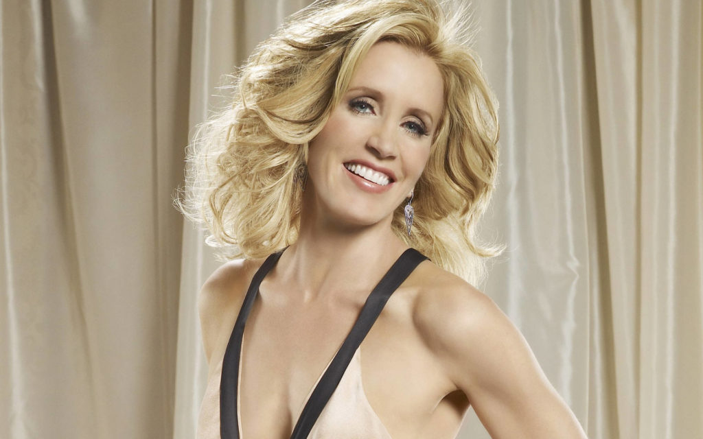 Famous American Actress Felicity Huffman Pictures