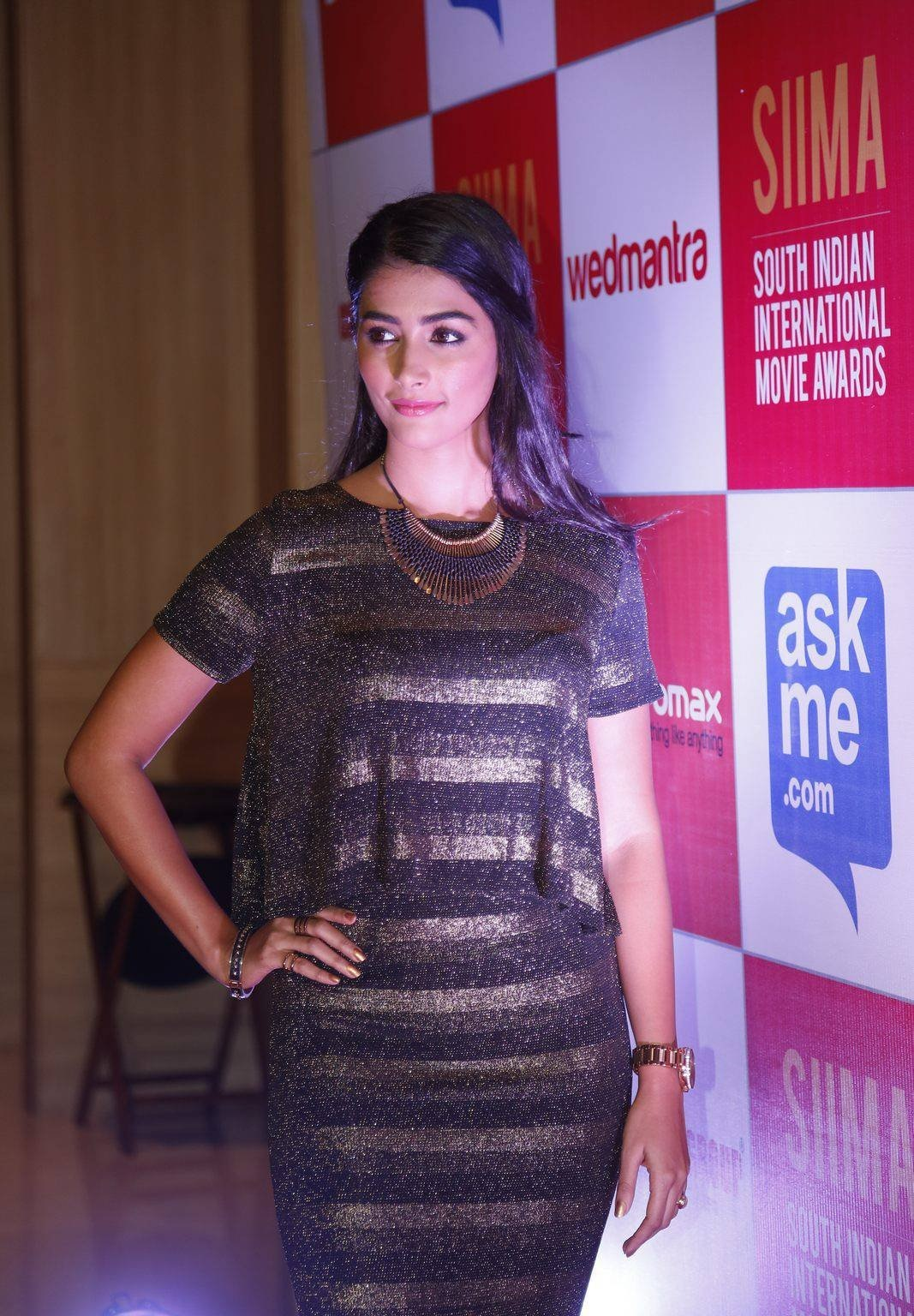 pooja hegde hd pictures hot 1